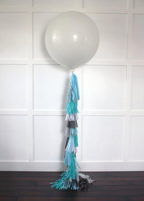 Порция гелия в большой шар
