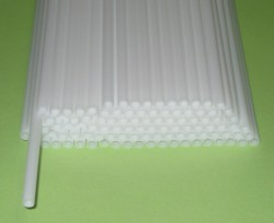 Трубочка полимерная для шаров, флагштоков и сахарной ваты БЕЛАЯ / 100 шт / (Россия)