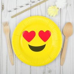 Бумажная тарелка Влюблённый смайл 18см 6шт
