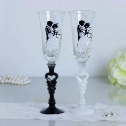 Набор свадебных бокалов «Влюблённые»,с сердцем на ножке 2882238