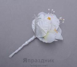 Бутоньерка but-57 роза белая