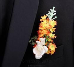 Бутоньерка but-63 белая роза розовый клевер
