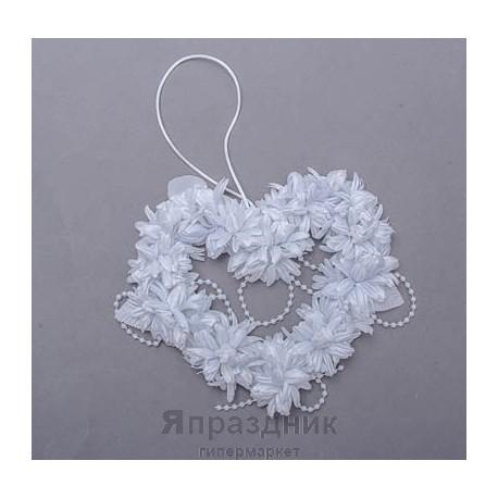 Подвес-сердце с цветами и жемчугом podves-4 белый 15х15 см